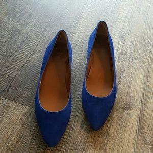 Aquatalia flat ballet blue suede shoes size 10